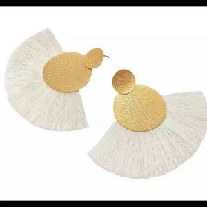 * 3 for $10* NEW White Fringe Earring
